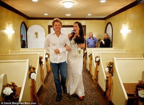 Jon Bon Jovi walks Branke Delic down the isle. Note: Same chapel Bon Jovi got married in himself. Further note: same Elvis impersonator chapel. I sh** you not!